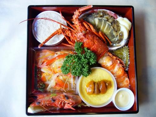 シェ・アズマ特製『おせち』①年末年始はフランス料理!