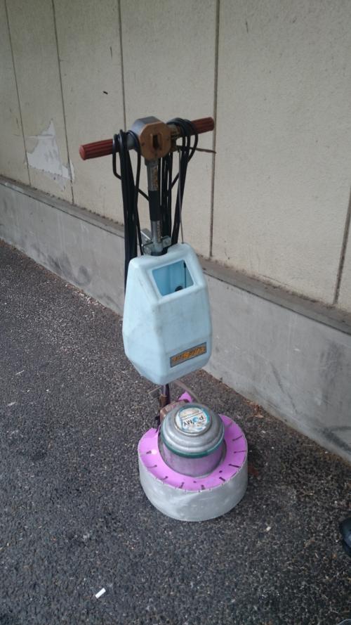 横浜市の床清掃(プロのお掃除)