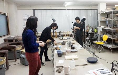 撮影の一日でした。只今炎芸術に連載中の陶芸技法。