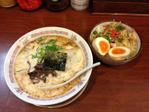 八王子 二代目 哲麺