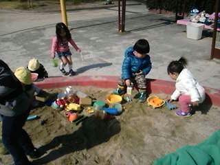 今日は土曜日、幼稚園の二次保育チームも、朝から一日保育☆