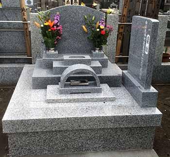鎌倉・教恩寺墓地