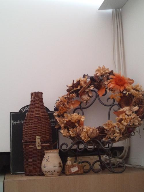 花でキッチンを飾る