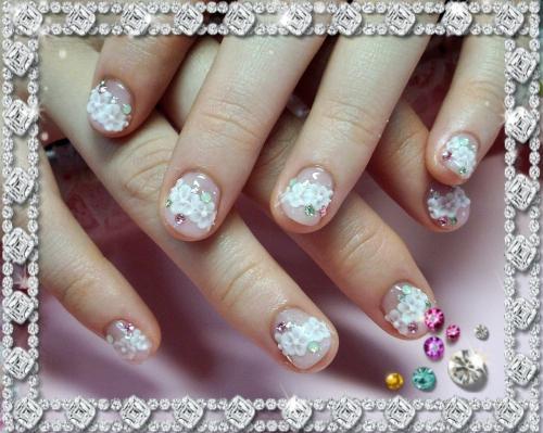 ピンクに小花柄の可愛いラブリージェルネイル♪