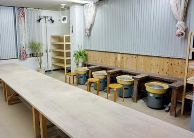 リニューアルしました。一階を陶芸教室に改装しました。