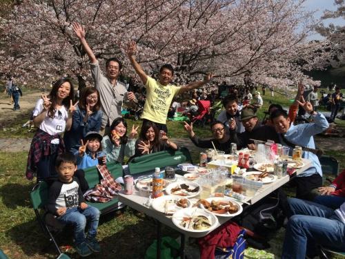 福岡 舞鶴公園 花見模様