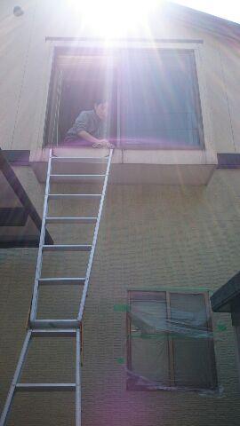 港北区で高所窓のお掃除なら