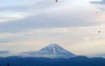 やっぱり富士山は綺麗です。
