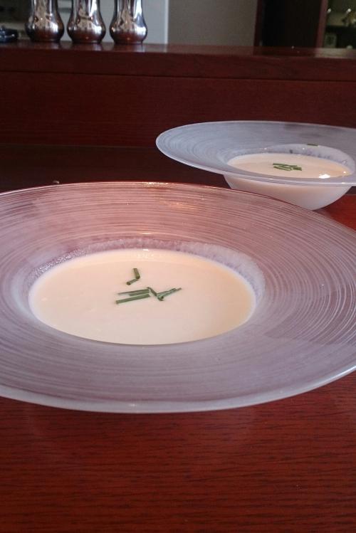 数量限定☆富良野産ホワイトアスパラの冷製スープ