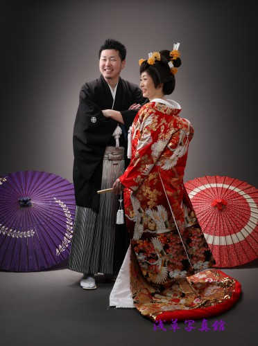 和装での結婚前撮り写真は涼しいスタジオ写真がいいね!