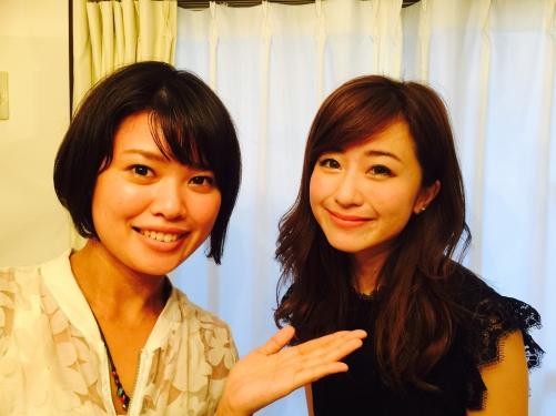 笑顔素敵、水野佐彩さんご来店。