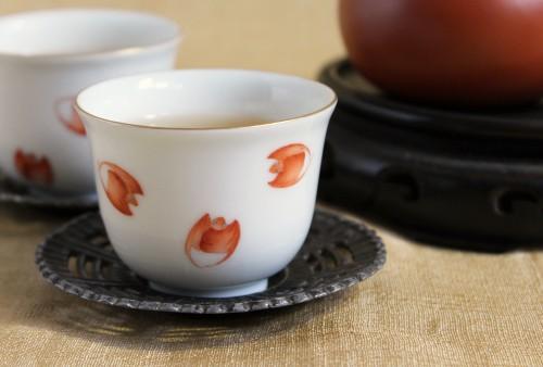 赤い五福のコウモリが美しく舞う「東京シノワ」東京バット杯