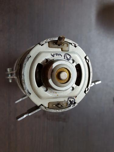 ベンツ W220 S500 ドアロックポンプ故障