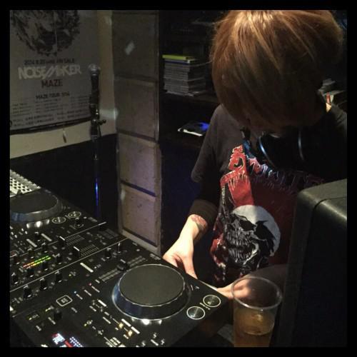 HINDEE CONNECTION DJ