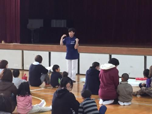 小学校1年生の健康講座でした (^_-)-☆