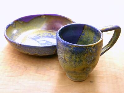 陶芸教室 東京 国立けんぼう窯 オーロみたいなお皿とカップ
