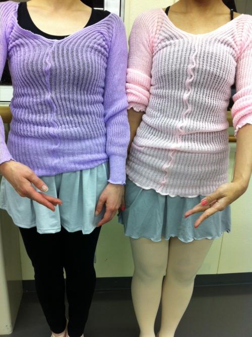 【バレエ】お揃いのセーターなのに…