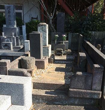墓地の改修工事