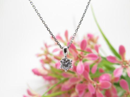プチペンダント ダイヤモンド トリプルエクセレント