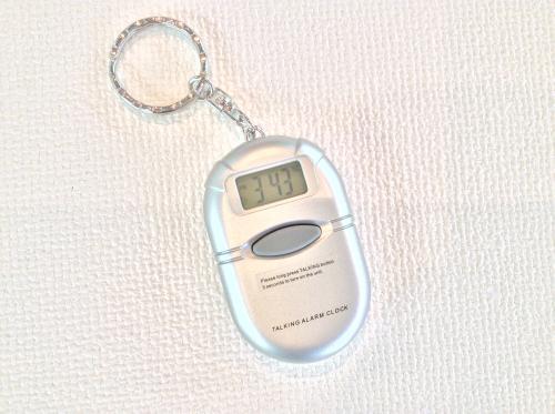 キーホルダー型音声時計