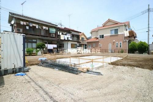 上尾市 瓦葺 新築戸建 LDK19帖/家事室付/車3台駐車可