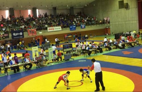 全国中学生レスリング大会