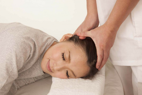 カイロプラクティック 頸椎の痛み・首の名医