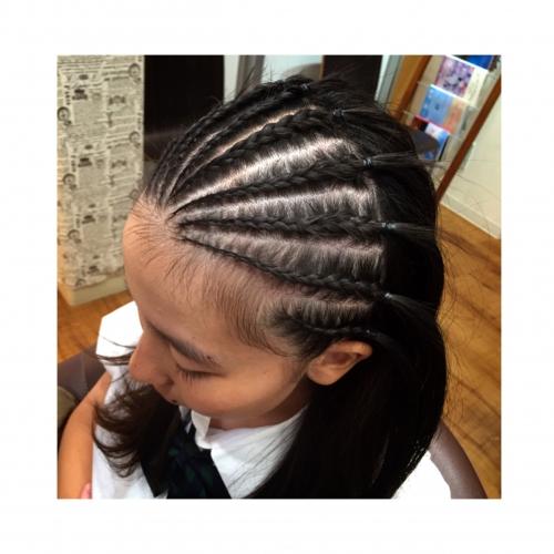 コーンロウ ダンス イベントヘア 髪型