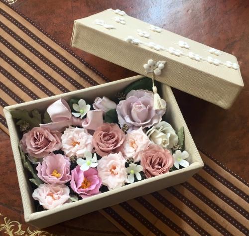 ロウ花とプリザーブドフラワーのオリジナルコラボbox