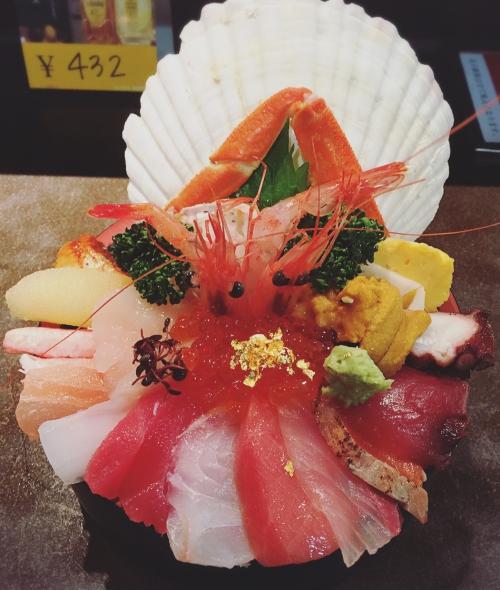 近江町市場 「山さん 本店  海鮮丼」