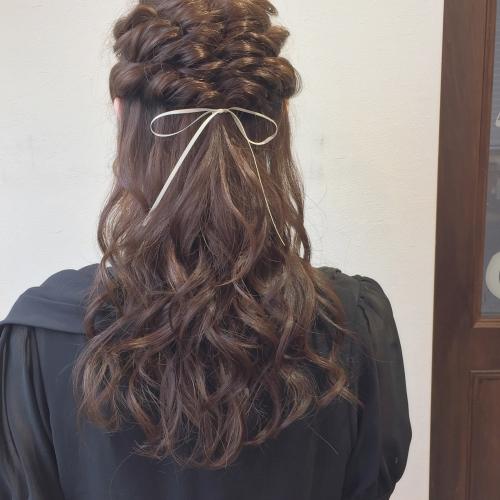 お呼ばれヘア パーティーヘア ハーフアップ 髪型