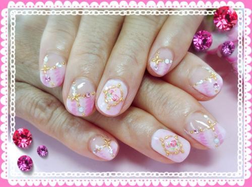 春色ピンクのピーコックフレンチネイル(≧∇≦)b