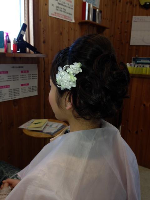 成人式の写真撮りのヘアメイク