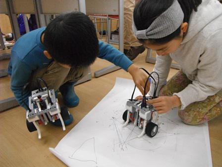 理系を育てるロボット教室~お絵かきロボ~