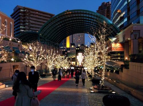 渋谷区神宮前にサンドイッチのデリバリー