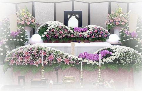 家族や親戚のみで行う葬儀や密葬