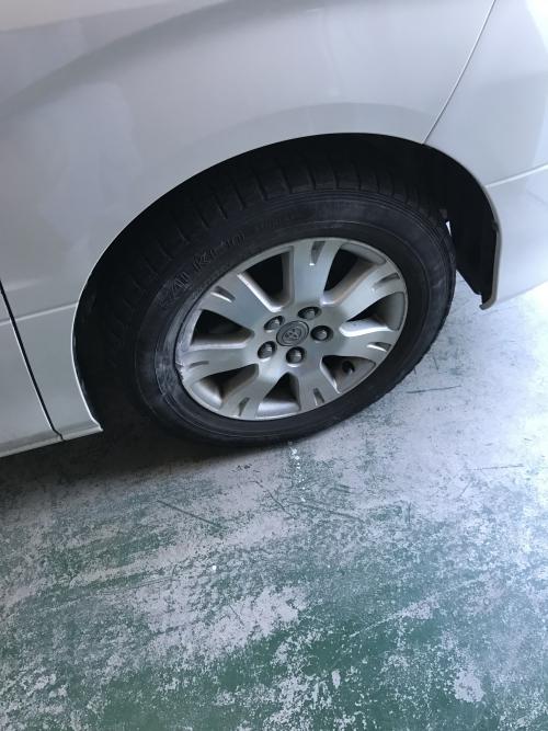 アルファード タイヤ交換?
