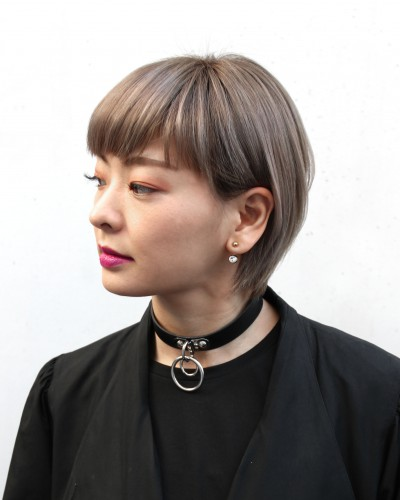 ショートカット・ハイトーンカラー(YUMIE)