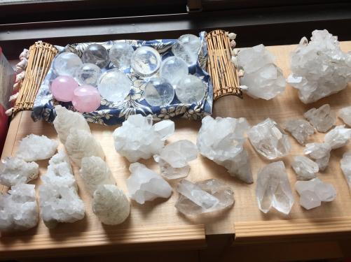 水晶の大放出セール