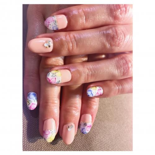手描き花柄ネイル