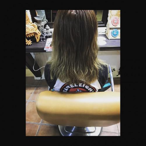 ハイトーン グラデーションカラー 新潟 理容室 barber