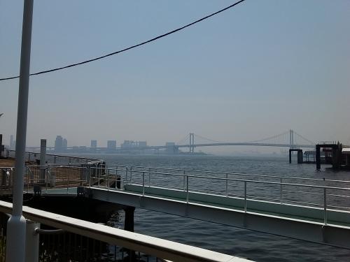 日の出桟橋からシンフォニーのランチクルーズ
