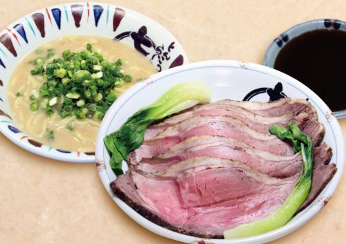 創業20周年記念限定麺「ローストビーフらーめん」販売開始