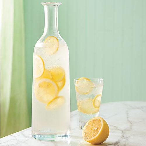健康的に痩せるレモン水ダイエット