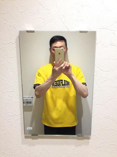 トイレに鏡が付きました!