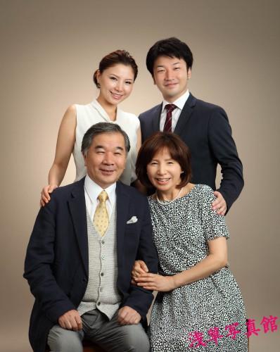 家族が集う浅草で記念の1枚はいかが!