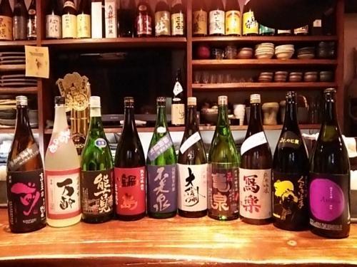 日本酒の新顔は古伊万里・万齢・能古見・不老泉・寫楽等です