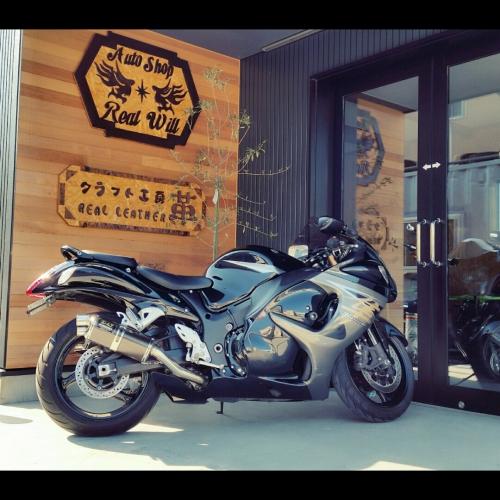 スズキ・GSX1300Rハヤブサ〜BLACK入荷