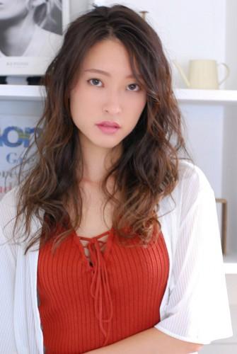 髪質改善デジタルパーマのウェーブスタイル 【 千田 営司 】