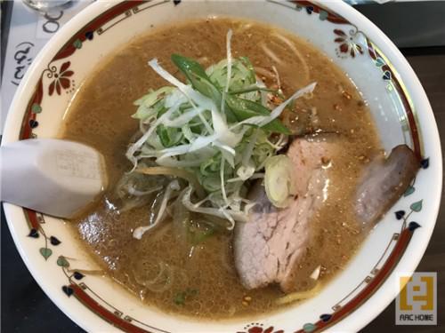 札幌の名店!代表店!狼スープの味噌ラーメン!これは美味です!